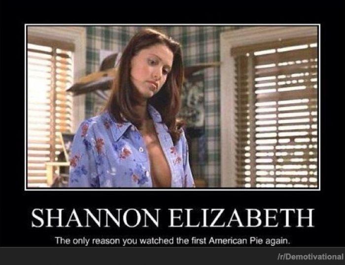 Shannon Elizabeth - http://www.jokideo.com/