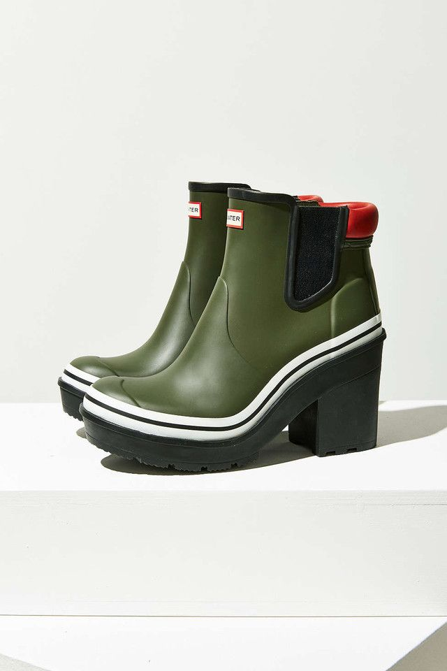 50 Accessories To Make You Stand Out On A Rainy Day