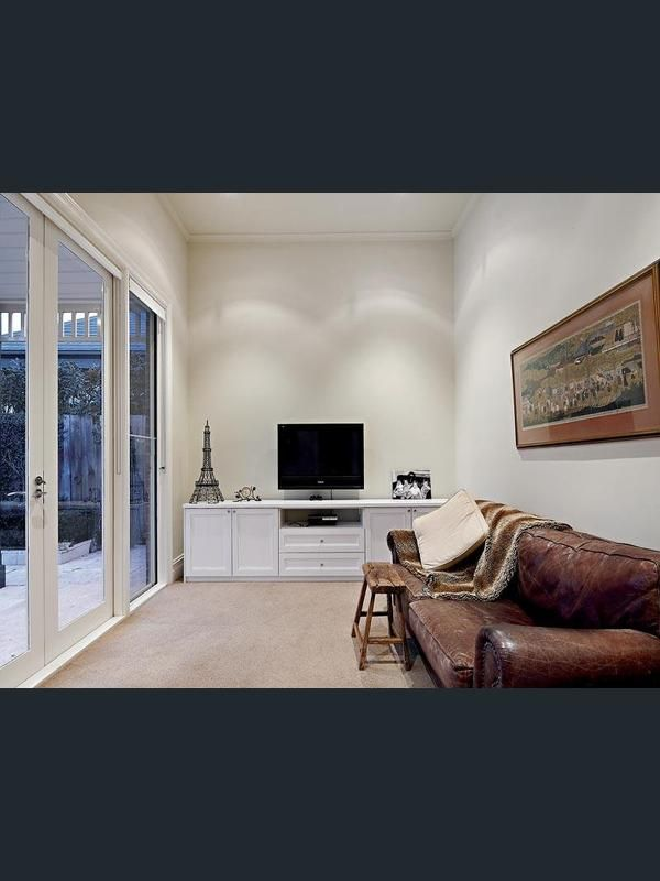 79 Outer Crescent, Brighton, Vic 3186 - Property Details