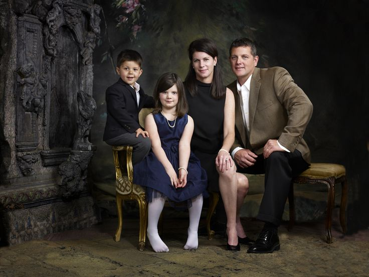 Holzer Family 12952 web