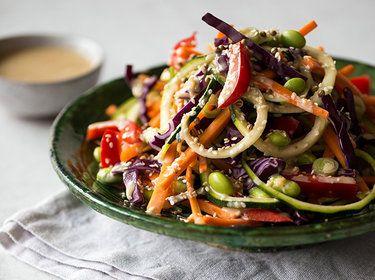 15 leichte Sommersalate, die satt machen