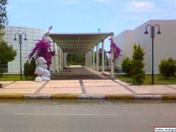 Kongre ve Sergi Sarayı (Congres and Exhibition Center)