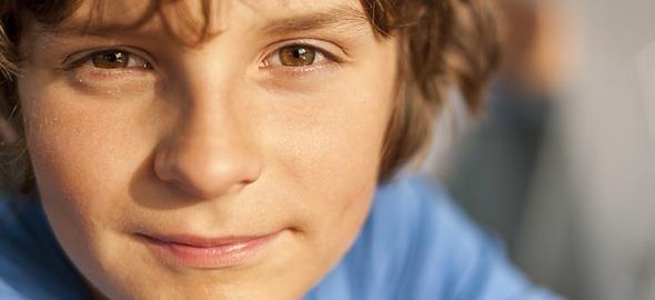 Δεν είναι εύκολο να κάνεις ένα αγόρι να σε ακούσει. Κάθε φορά που το καταφέρνετε, όμως, αυτά είναι τα σπουδαιότερα μαθήματα ζωής που πρέπει να τους δώσετε.