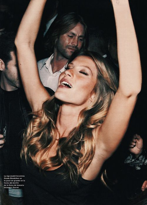 Imagem de model, Gisele Bundchen, and party