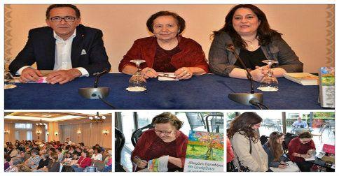 Από τη χθεσινή βραδιά στην Αλεξανδρούπολη. Ευχαριστώ πολύ το Βιβλιοπωλείο Ελευθερουδάκη Αλεξ-πολης την κα Φωτεινή Σκαρλακίδου και τον αγαπητό Αν. Καθηγητής Χειρουργικής ΔΠΘ κ. Κωνσταντίνο Ρωμανίδη.  Βεβαίως να ευχαριστήσω απο καρδιάς και όλους τους αναγνώστες και φίλους που με τιμήσαν με την παρουσία τους. http://www.kalendis.gr/enimerosi