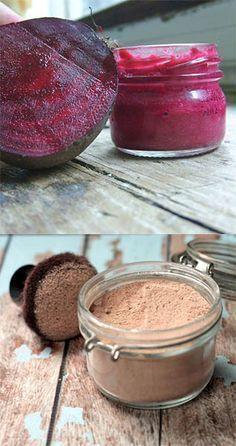 Maquillaje hecho en casa: blush, lipstick y bronzer - Revista September