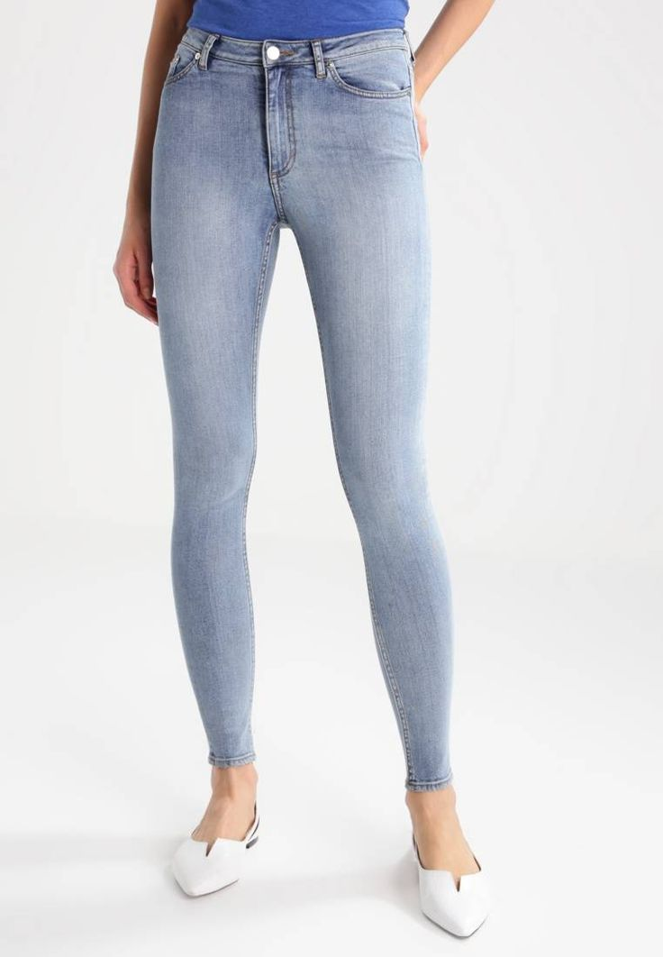 Cheap Monday. Jeans Skinny - grande blue. Longueur extérieure de jambe:104 cm en taille 27x32. Composition:99% coton, 1% elasthanne. Taille:normale. Fermeture:Braguette avec fermeture éclair dissimulée. Longueur intérieure de jambe:80 cm e...