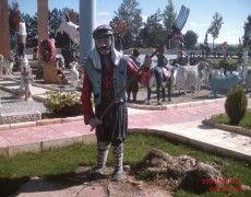 Men's Peasant Sculpture