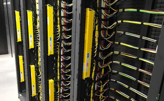 CLOUD COMPUTING FIRM Rackspace new DC. 15-acre site with a 130,000 square foot data centre plonked in the middle that can accommodate 50,000 servers.