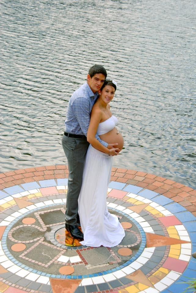 Mark & Daniela pregnant, Hamilton gardens
