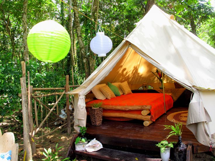 Palmar Tent Lodge located on Red Frog Beach, Isla Bastimentos, Bocas del Toro.