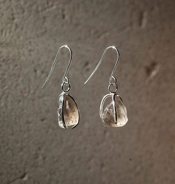 Karu One – Light Smokey Quartz Earrings