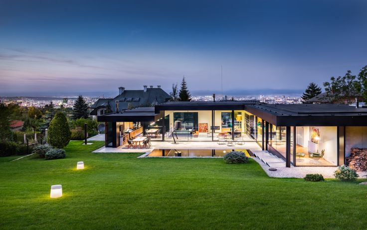 Pagoda House / I/O architects