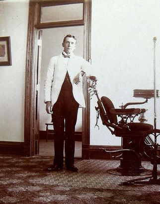 Historian Elroy E. Ubl discovers rare photos from New Ulm's past regarding unsolved murder from 1904, Dr. Louis A. Gebhardt (dentist)