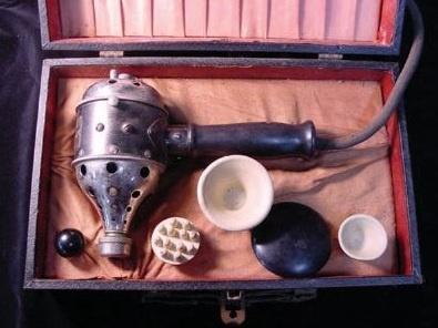 Primeiro vibrador da História era terapêutico e movido a vapor. Conheça a história do objeto – História sem Fim
