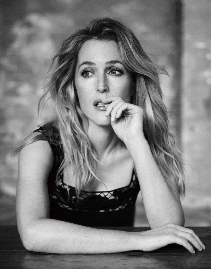 - Slideshow - Gillian Anderson - Interview Magazine