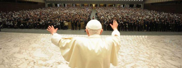 Vaticanul, șocat de cartea călugăriței care îți spune că e în regulă să te masturbezi