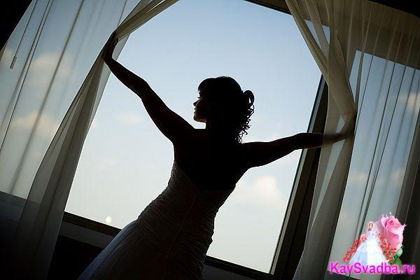 Взгляд невесты в светлое будущее)