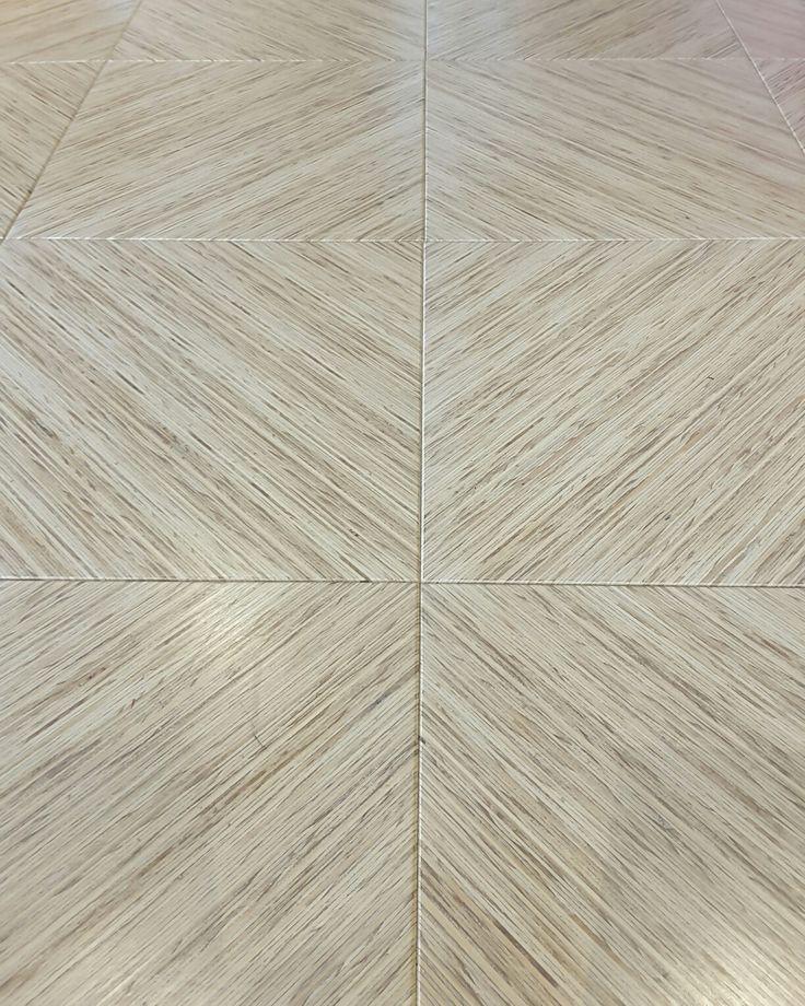 MAXI Edge ALPINE angled floor tiles