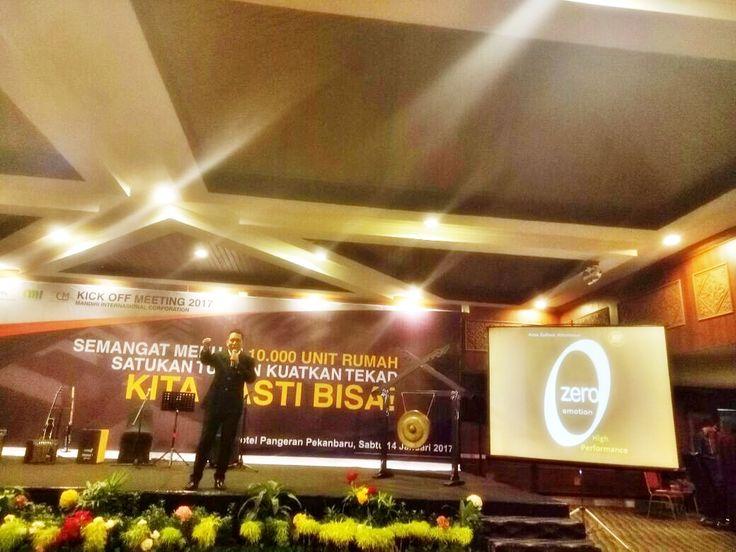 Seminar Break Limit To The Change At Ballroom Hotel Pangeran, Pekan Baru City, Riau