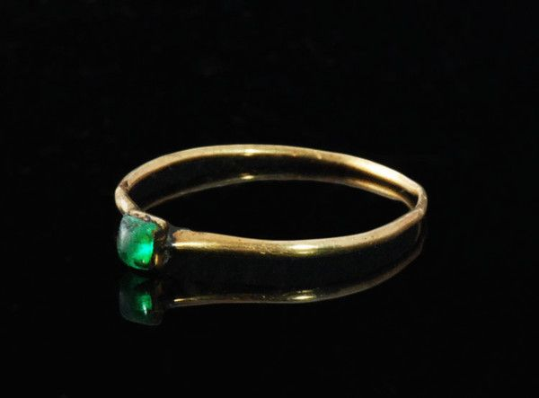 Medieval Gold Cabochon Ring 14th century