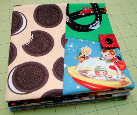 "DIY Fabric ""I Spy"" book...... great use of all those scrap fabrics i have!"