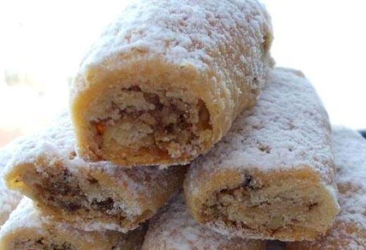 Этот рецепт ореховых пирожных, которые называются «дворянские» или «графские» рулетики взят из хорва