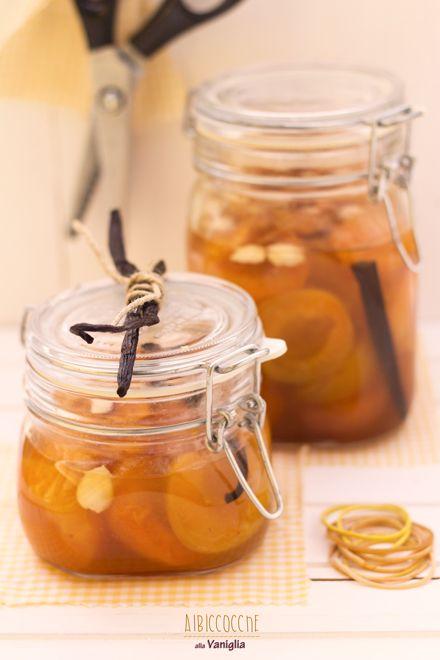 Albicocche alla vaniglia