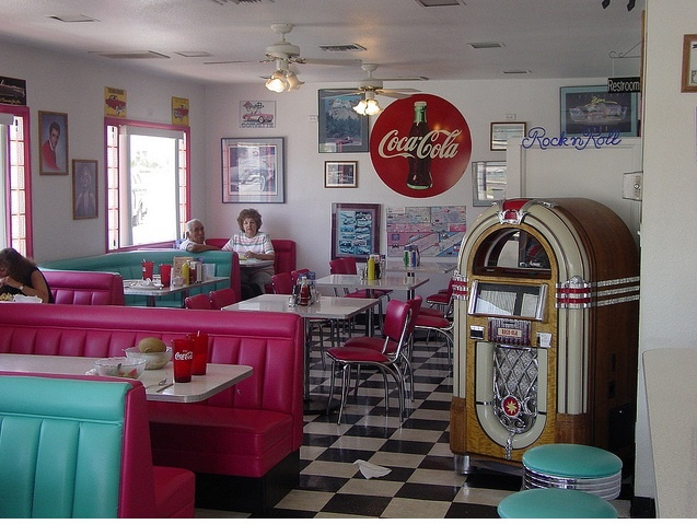 187 best images about diner obsession on pinterest soda for Old fashioned soda fountain near me