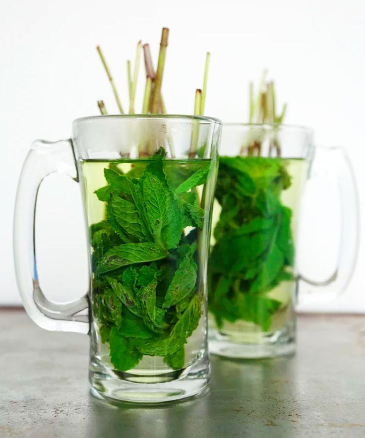 9 caffeinefree hot drinks for mumstobe peppermint tea