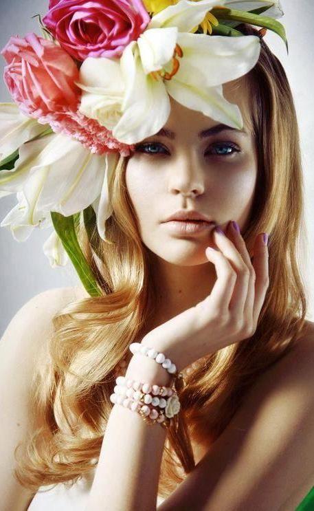 Floral Adornment| Serafini Amelia|