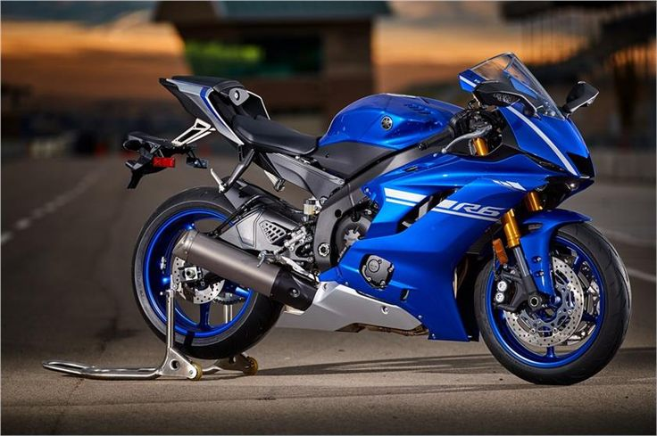 2017 Yamaha YZF-R6 Supersport Motorcycle 😍