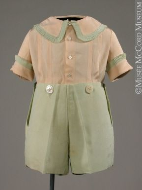 Boy's Suit 1930  Mormor's last three children, all boys, were born in 1928, 1930 and 1934.  She probably had little suits of this style for them.