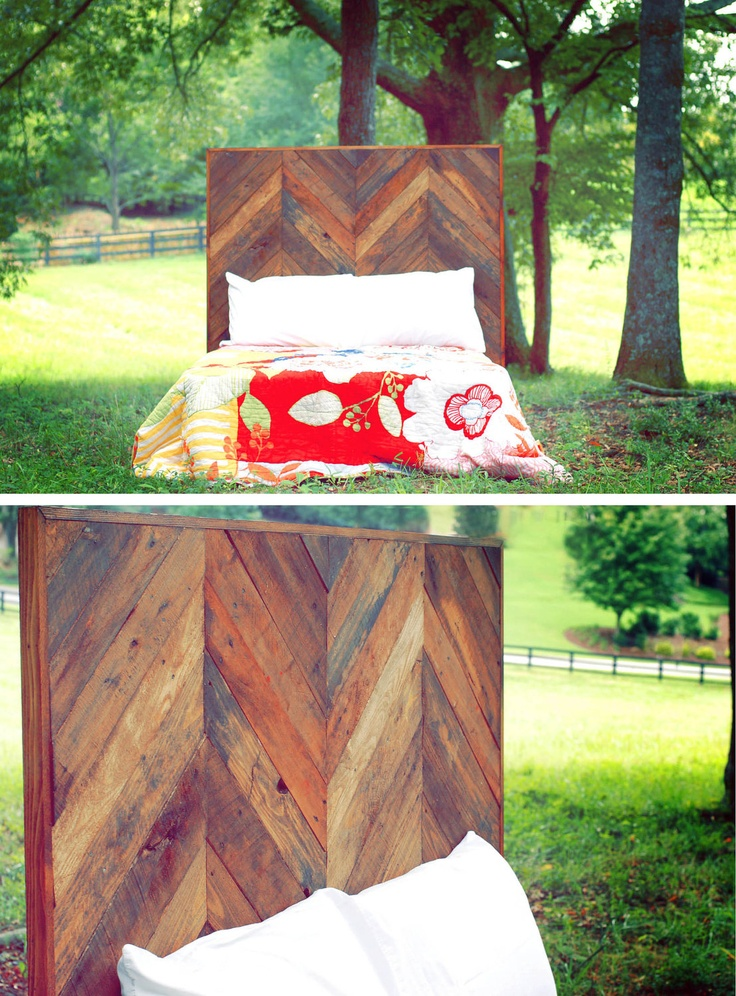 OMG. Thats my headboard!!! i have to make that! Full-Size Chevron Headboard Made From Reclaimed Pallet Wood.