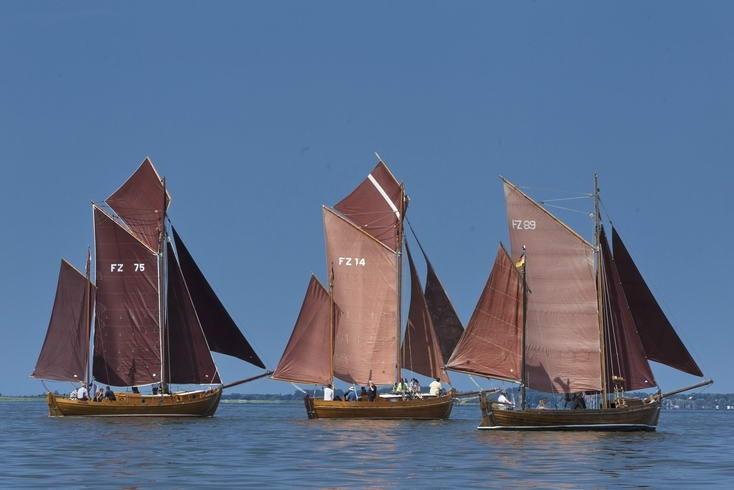 Traditionelle Zeesenboote auf Fischland-Darß ( #ostsee #superillu Foto: www.michaelhandelmann.de)
