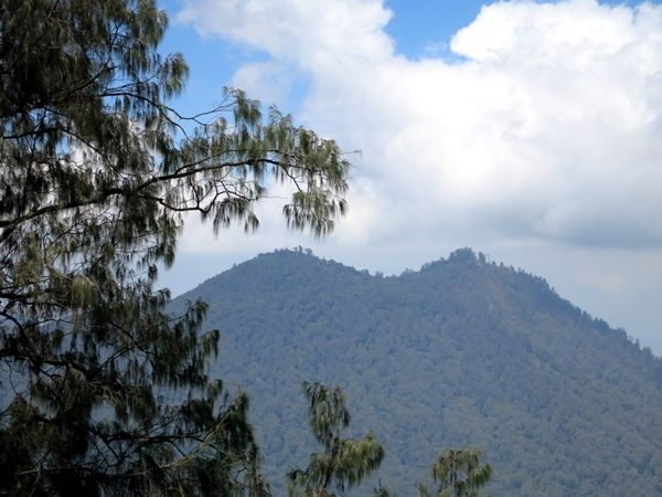 gunung sangiyang - sengayang