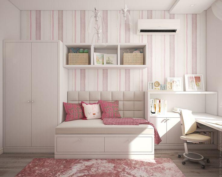 Оформление детской комнаты для девочки в трехкомнатной квартире в центре Москвы.