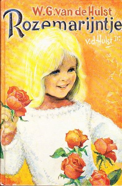 Rozemarijn was juf op de Meerpaal. Ze is de kleindochter van W.G. van de Hulst (schrijver) en haar vader maakte illustraties van de boeken.
