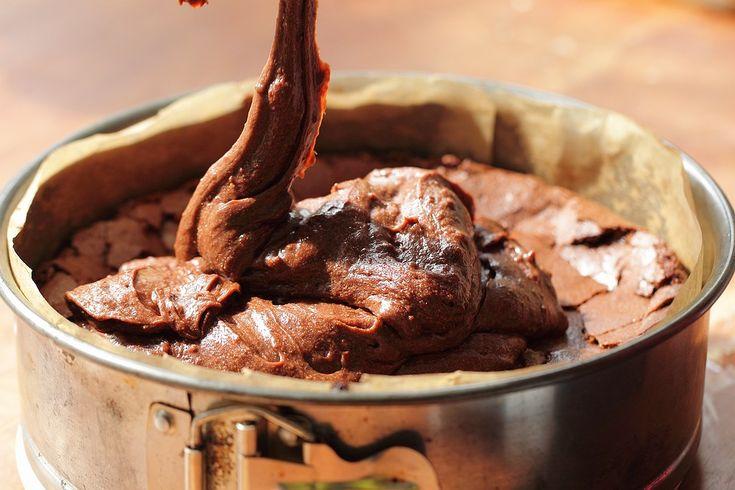 second layer: Chocolate Fudge Cake, Chocolates Fudge Cakes, Best Chocolate Cake, Best Chocolates Cakes, Recipes Cakes, Favorite Recipes, Chocolate Cakes, Cakes Gluten Free Yum, Free Recipes
