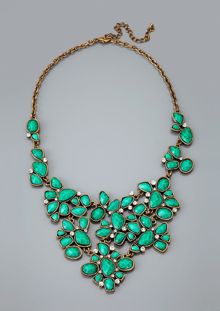 green statement necklace: How Couture, Turquoi Necklaces, Floral Bibs, Turquoise Statement Necklaces, Statement Jewelry, Pretty Necklaces, Chunky Necklaces, Bibs Necklaces, Peplum Dresses