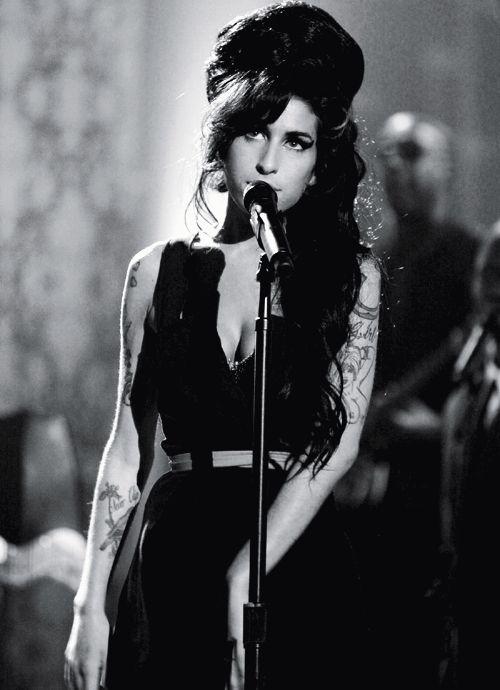 ndnjdnfdkskd, Amy Winehouse was just fucking perfect.