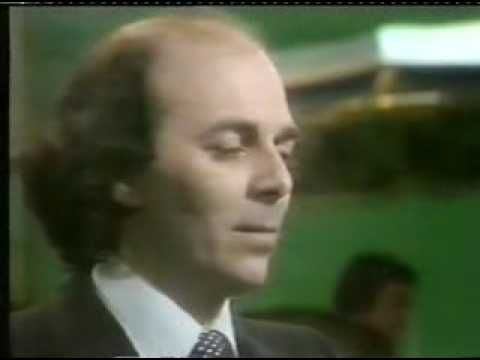 ▶ ADRIAN MUNSEY - The Lost sheep (1979) - YouTube