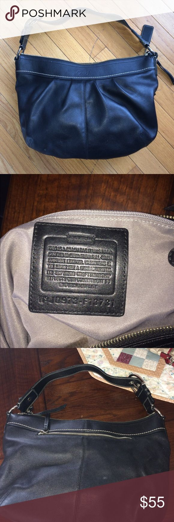 """Coach Hobo Great purse- small spot inside liner but can be cleaned! Perfect size 17"""" wide and 11"""" deep. Black genuine leather. Coach Bags Hobos"""