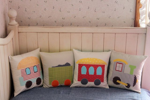 Train Pillow Set ...clever and cute idea !