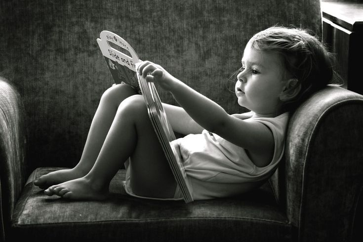 It truly inspires me to see beginning readers. I will definitely have a photo of each of my children like this