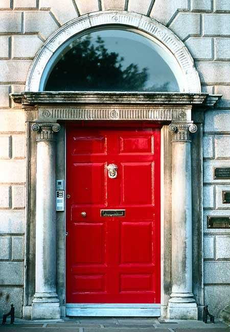 You cannot miss the colour doors. & 118 best Dublin Doors images on Pinterest | Dublin Dublin ireland ... pezcame.com