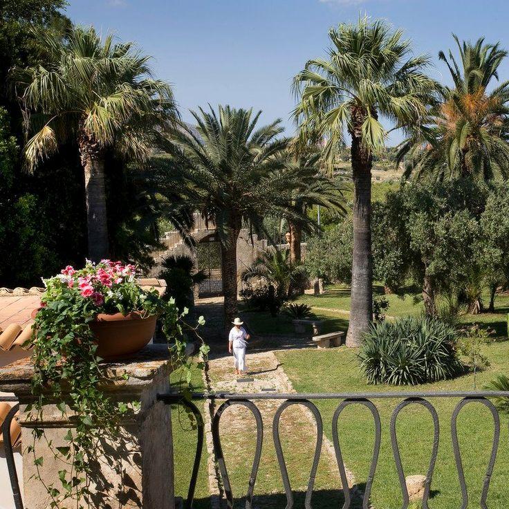 Garden www.villafavoritanoto.it