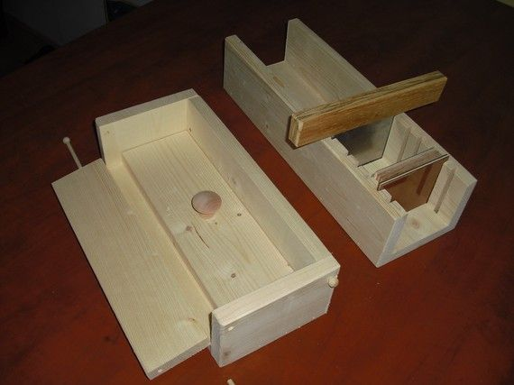 wooden soap mold colapsable 4-5 lb with cutter  by TOUGHTIMBERS