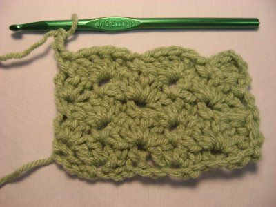 Close Scallops stitch instructions: Afghans, Crochet Stitches Tutorials, Knits Crochet, Learning To Crochet, Scallops Crochet, Crochet Knits Sewing, Crochet Things, Scallops Patterns, Crochet Patterns