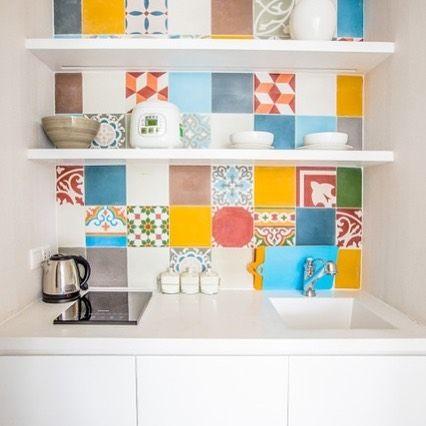 Every unit at Lief we have small cute kitchenette with lovely pattern tiles. Ở Lief mỗi phòng đều có cái bếp nhỏ đáng yêu như thế này. Rất yêu loại gạch bông cổ này  . . . .  #rooftop #rooftopbar #saigon  liefhotel #saigon #IAmVietnam #boutique #hotel #hochiminh #vietnam #boutiquehotels #traveltobietnam @liefhotelsaigon #tripadvisor #review #comment #moment #moments #kitchenette  #www.liefhotels.com #www.iamvietn.am